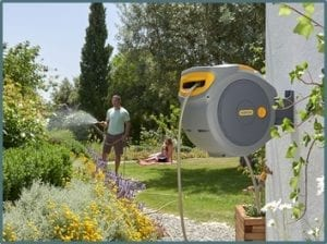 automatic garden hose reel