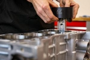 how to install piston rings