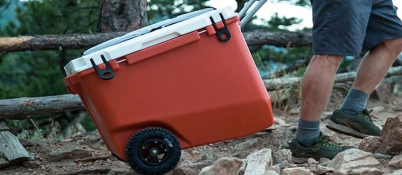 The 5 Best Coolers With Wheels – [Top Reviews & Rankings]