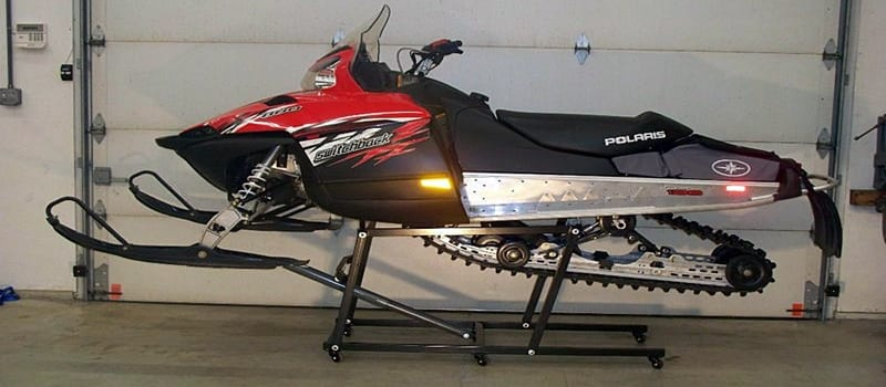 The 5 Best Snowmobile Lifts – [Top Reviews & Rankings]