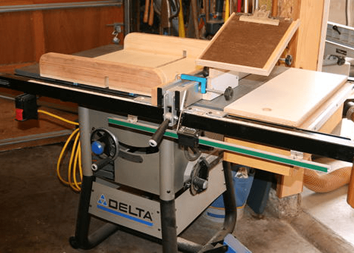 Delta 36-5000 Review – Is It A Reliable Stationary Saw?