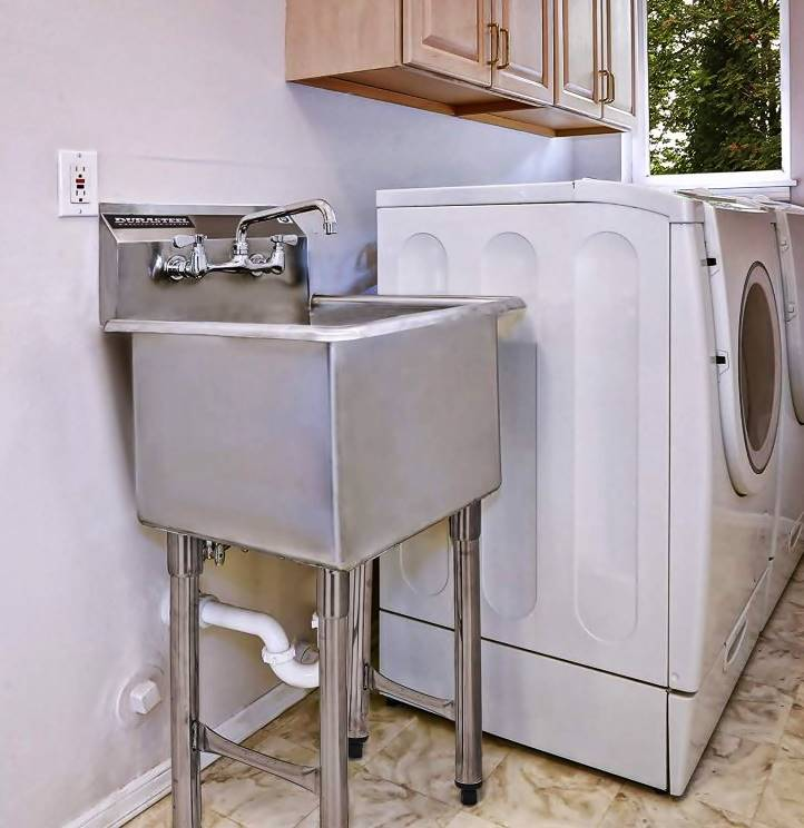 Select ideal material for your laundry room sink